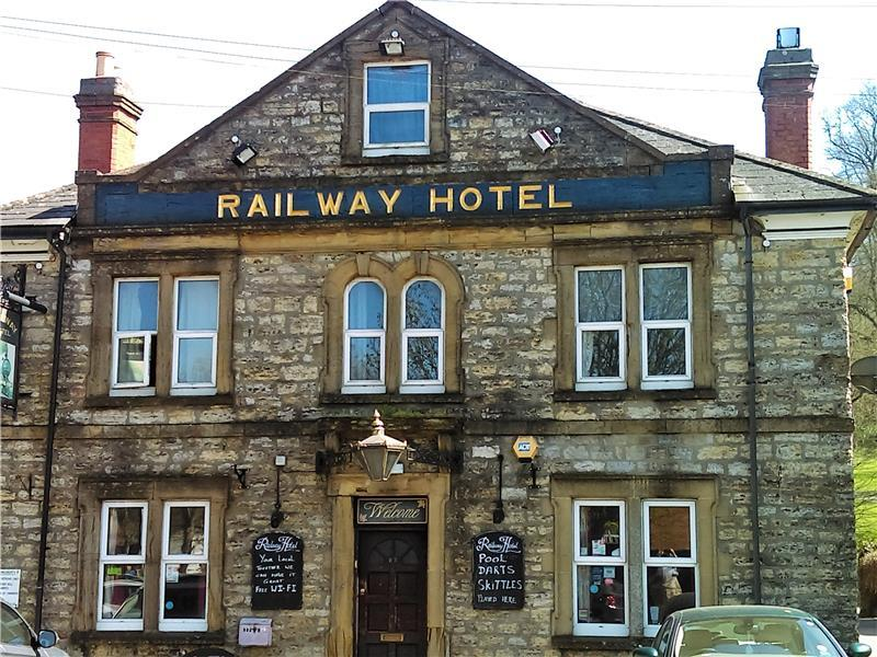 Railway hotel yeovil ba20 2qn available for tenancy - Hotels in yeovil with swimming pool ...